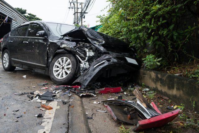 7 sposobów na uniknięcie kolizji – podpowiada pracownik pomocy drogowej z Krakowa