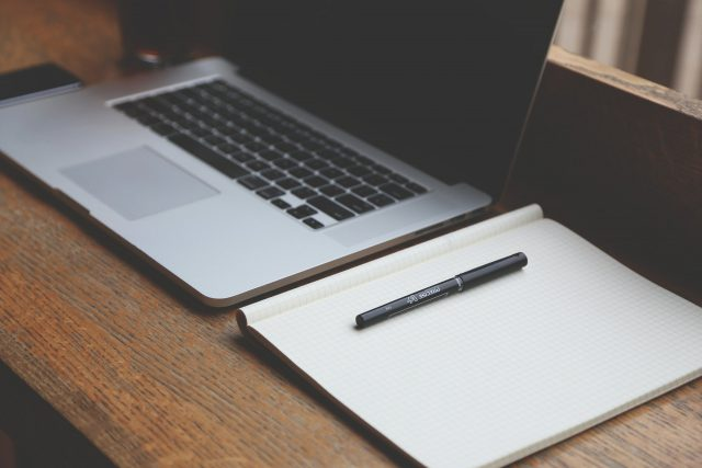 Obieg dokumentów w firmie – jak można go usprawnić?