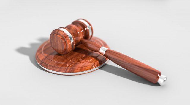 Wyrok zaoczny – korzystny czy niekorzystny dla pozwanego?