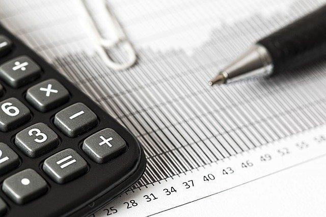 Jak rozliczyć VAT przy sprzedaży za granicę?