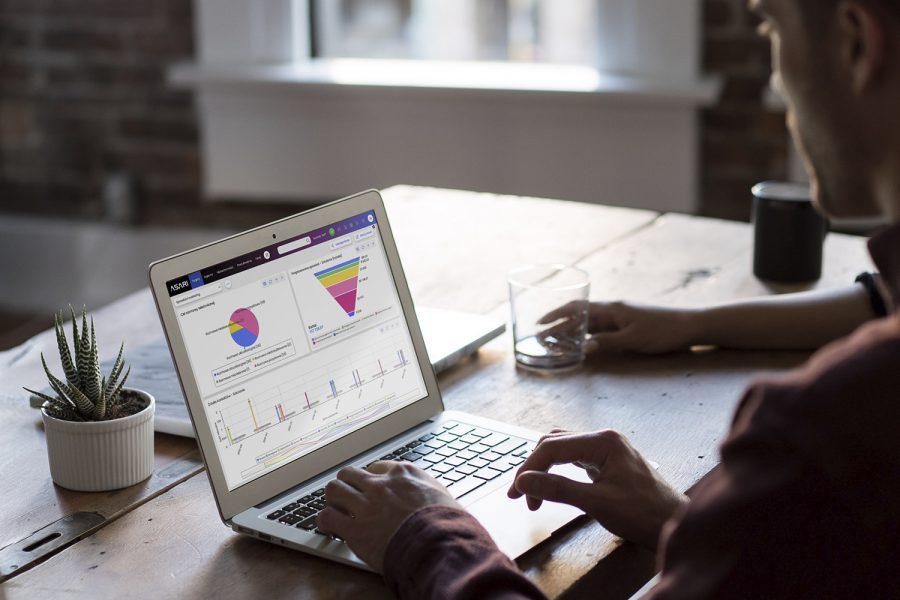 Oprogramowanie ułatwiające pracę działu HR i zarządzanie bazą pracowników